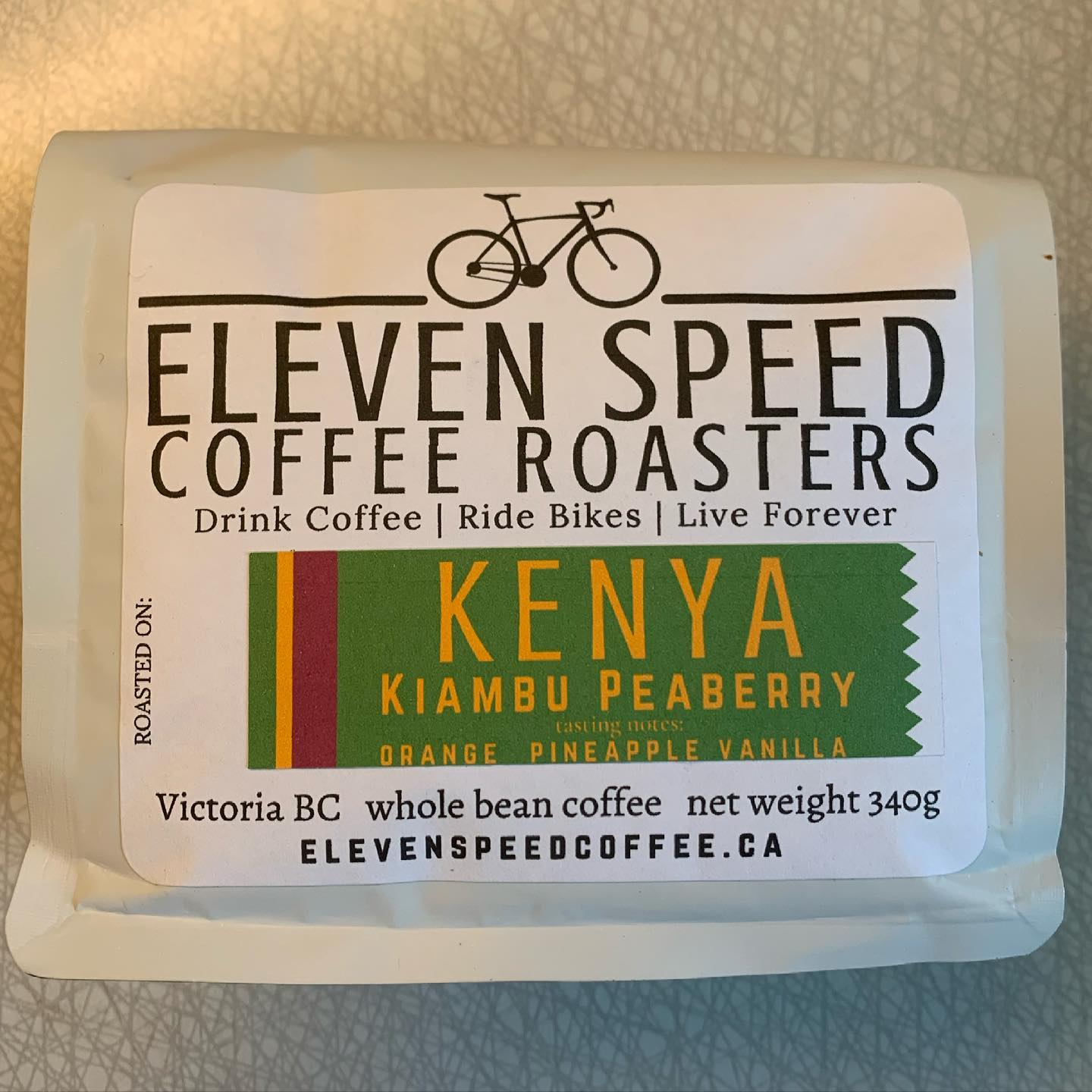 This was delivered last week and I've been looking forward to it. Today I cracked it open and it did not disappoint! So good. #yyjcoffee #coffee