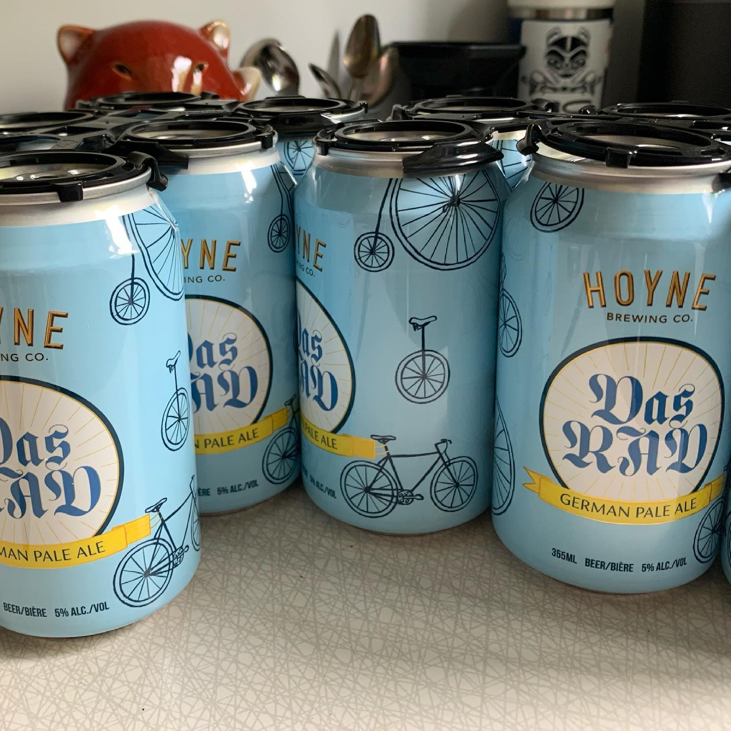 Do you like beer? Do you like to support a good cause? Get on down to @discovertheplus and pick up some @hoynebrewing Das Rad. This brew helps support @cycleoflifetour (hospice care on Vancouver Island) #colt2021 #yyj #yyjbeer